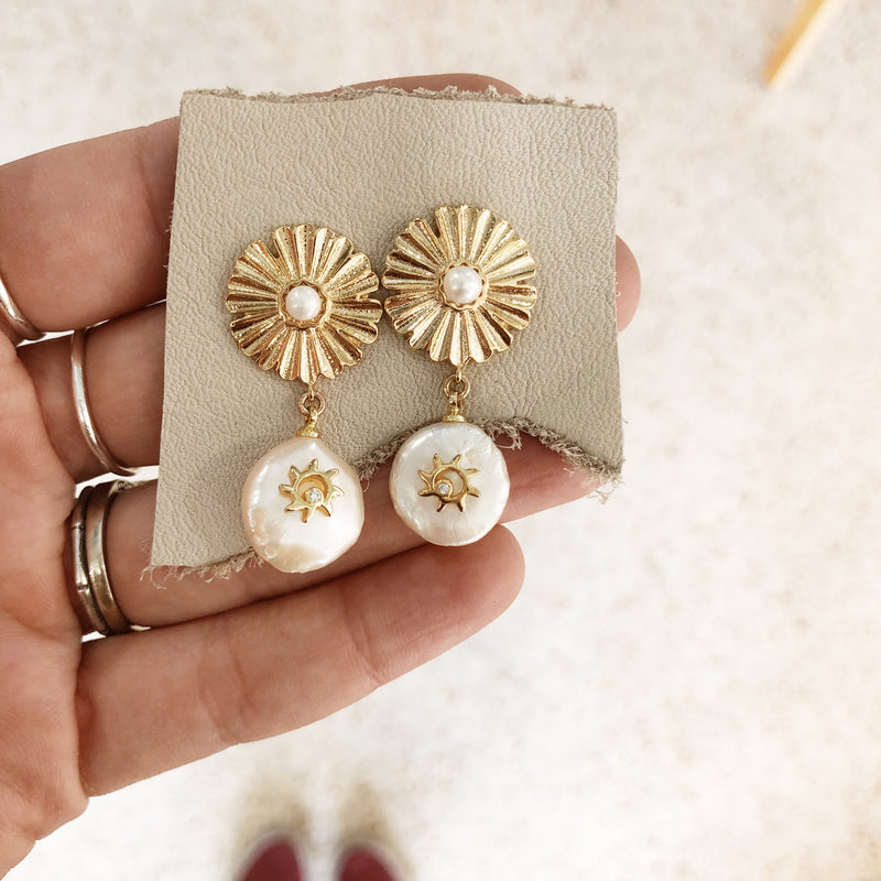 Pearl Flower Earrings - Gypset