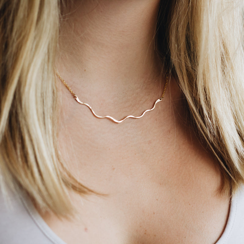 Squiggle Layering Bar Necklace