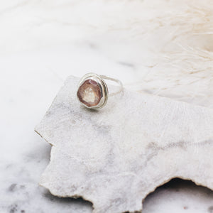 Strawberry Quartz Abstract Ring Size 4