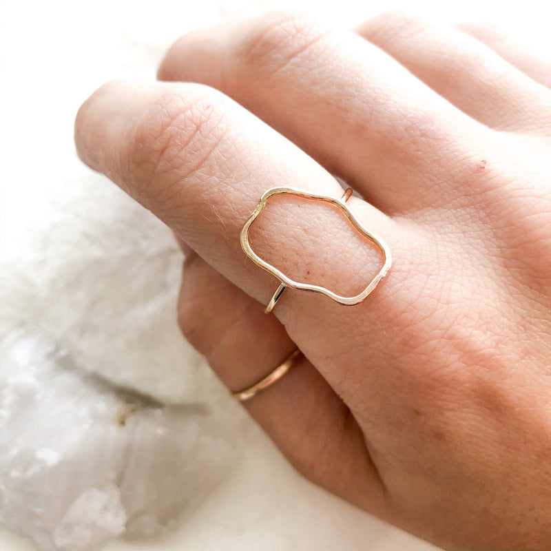 Squiggle Ring - size 9.5
