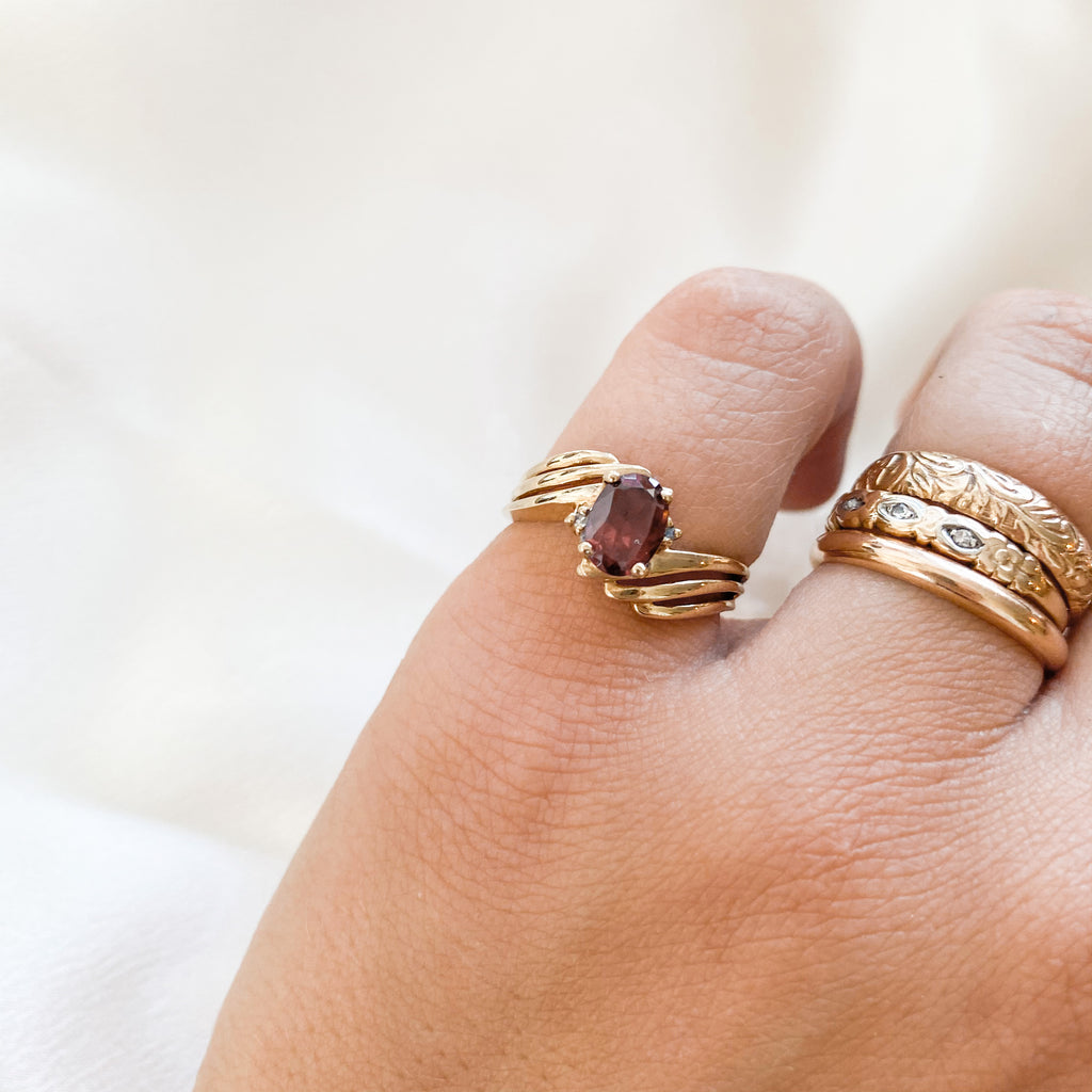 SOLID GOLD Vintage Garnet + Diamond Ring