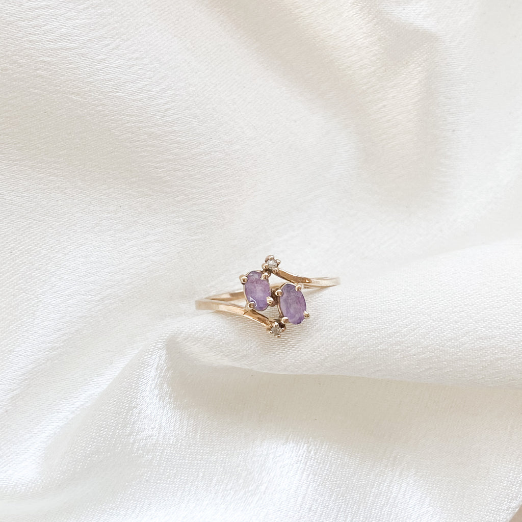 SOLID GOLD Vintage Amethyst Bypass Ring