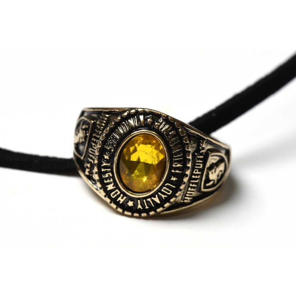 Bioworld Harry Potter Hufflepuff Class Ring