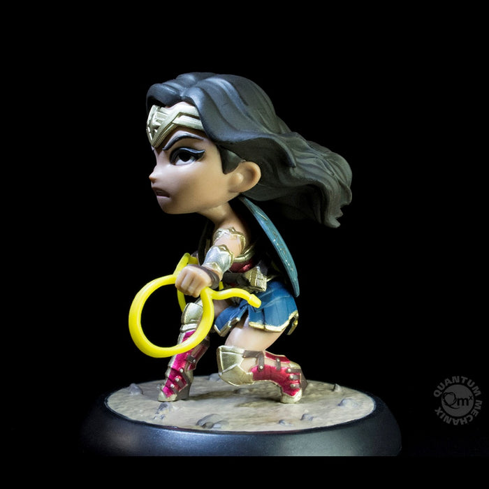 QMx Wonder Woman Justice League Q-Fig