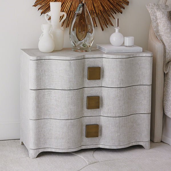 SAXTON LINEN CHEST