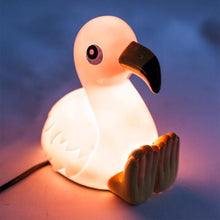 Load image into Gallery viewer, Xw-Tl/Fl Flamingo Table Lamp Pink