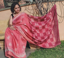 Load image into Gallery viewer, Begonia - Tussar silk Shibori saree
