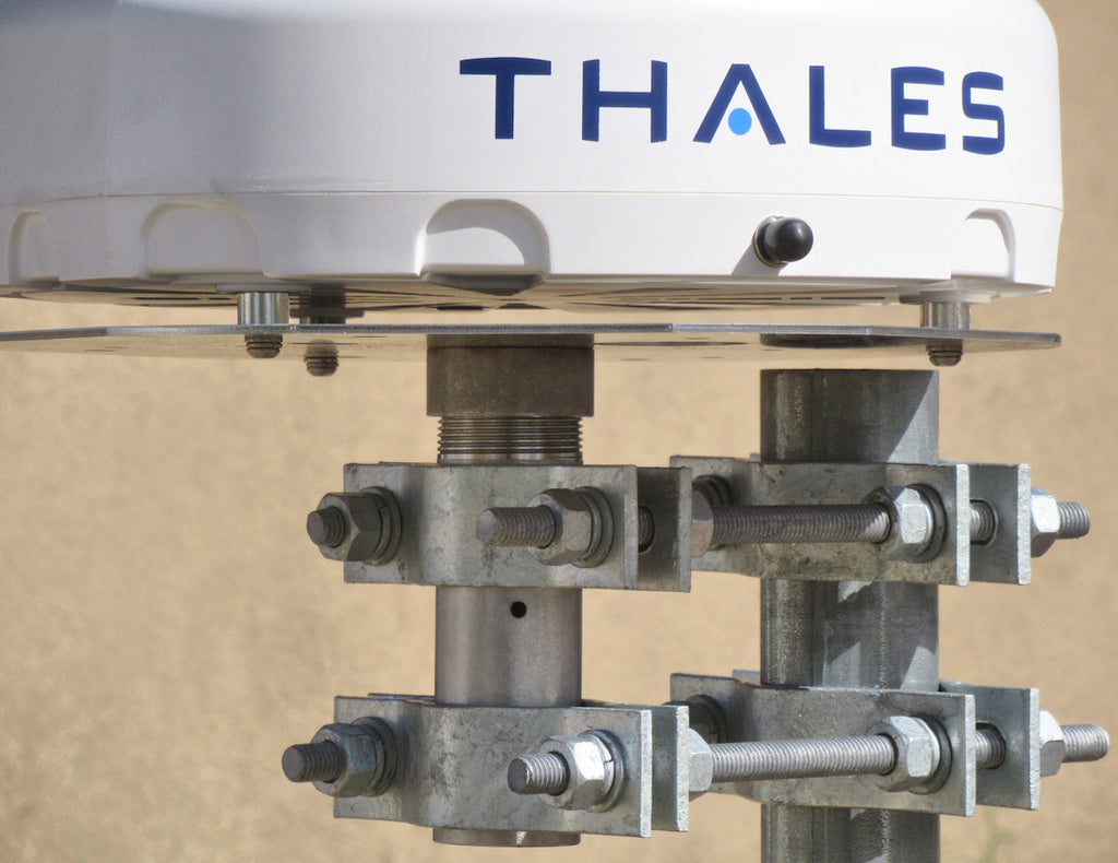 Thales MissionLINK antenna mount