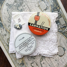 Load image into Gallery viewer, Vintage Miller Carnation Round Typewriter Ribbon Travel Palette