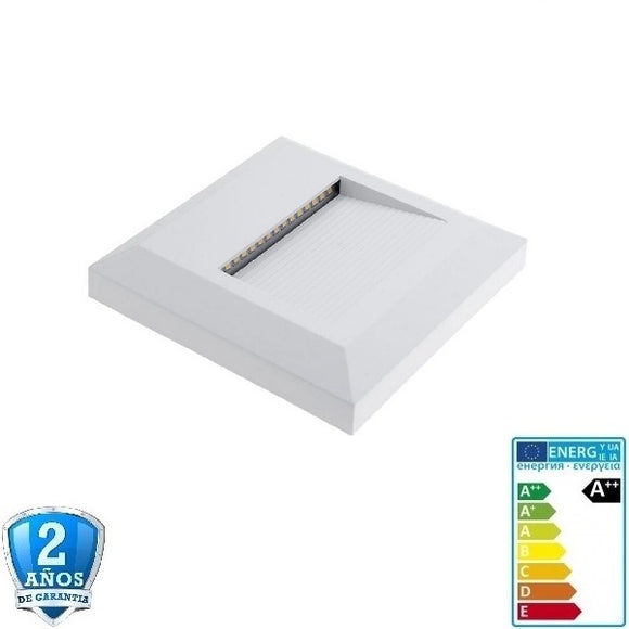 2W 120lm Blanco Cuadrado de Superficie 220-240V-IP65