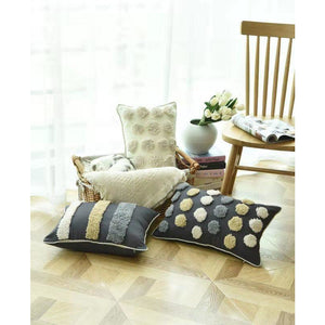 regina-designer-cushion-1