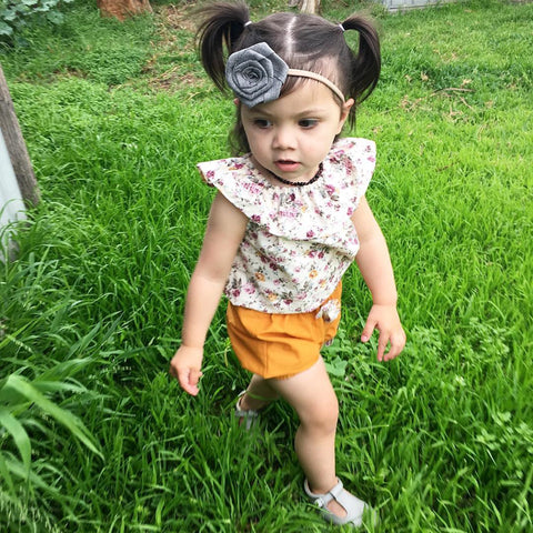 Image of FLORAL TANK WITH BOW KNOT SHORTS OUTFIT (2PC SET) - Elsa Bella Baby