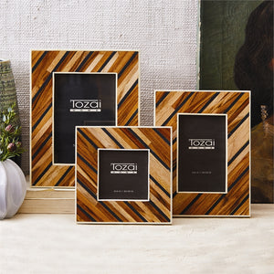 Wood Striped Frame