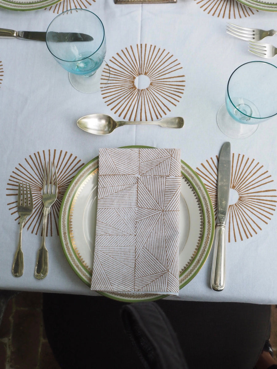 CAMEL SUNBURST TABLECLOTH