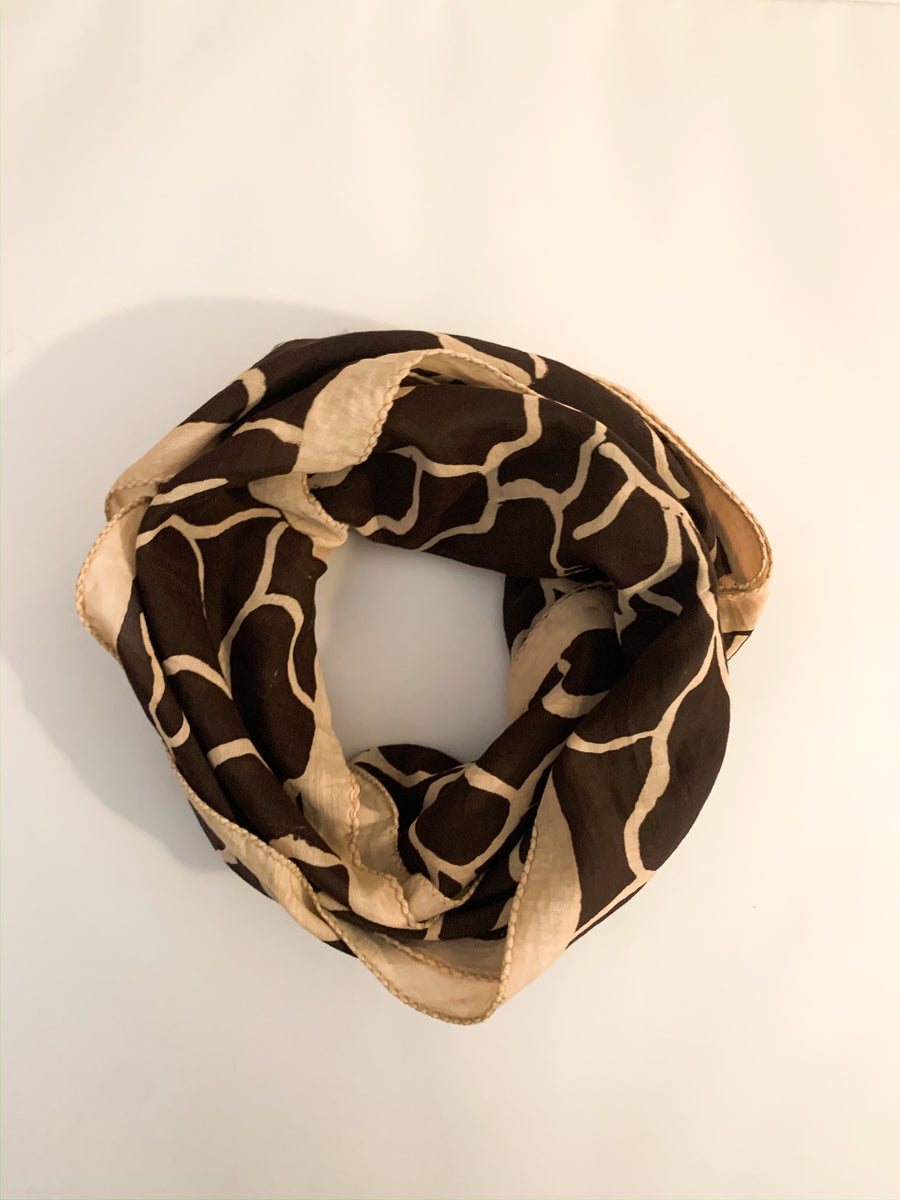 COFFEE FAULT LINE SCARF