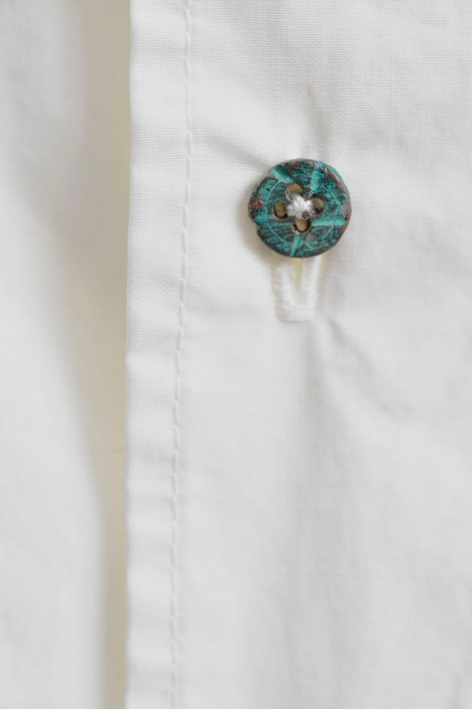 CLASSIC SHIRT W RUSTED BUTTON