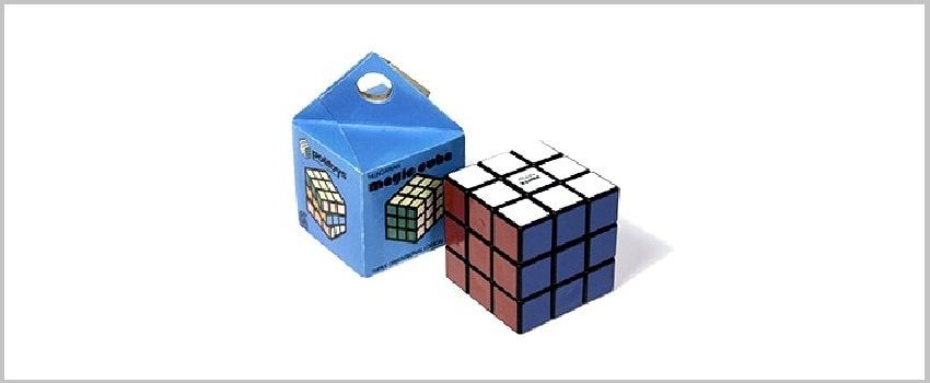 Packaging Rubik's Cube