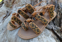 Charger l'image dans la galerie, Beaded Sandals with black and gold beads