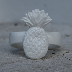 Pineapple napkin rings holder