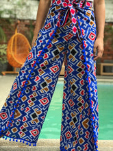 Load image into Gallery viewer, Jade in blue with pompoms batik pants
