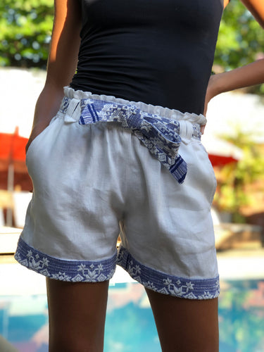 Inabel shorts in White