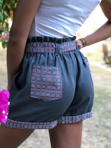 Pag-asa shorts in Gray