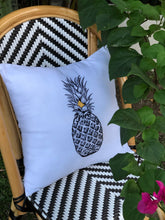 Load image into Gallery viewer, Pineapple embroidered pillowcase in white