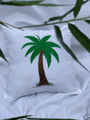 Coconut embroidered pillowcase in white