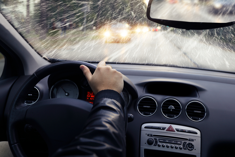 5 Reasons a Heated System Gives You the Best Wiper Blades for Winter