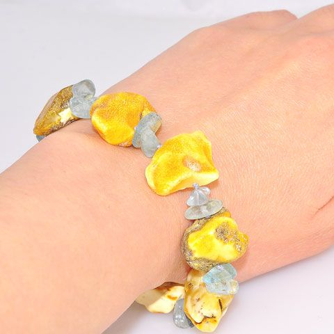 Baltic Butterscotch Amber and Aquamarine Chip Bracelet