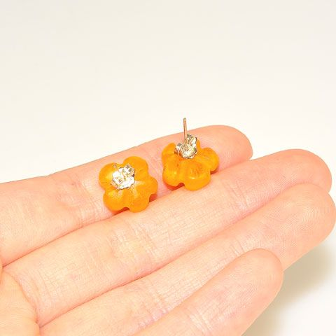 Sterling Silver Baltic Butterscotch Amber Flower Stud Earrings