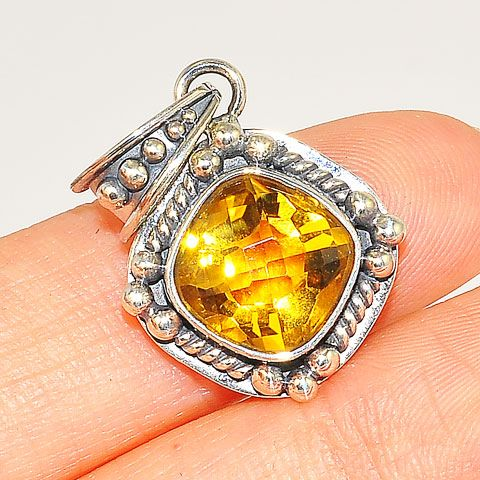 Sterling Silver 3.5-Carat Faceted Citrine Solitaire Pendant