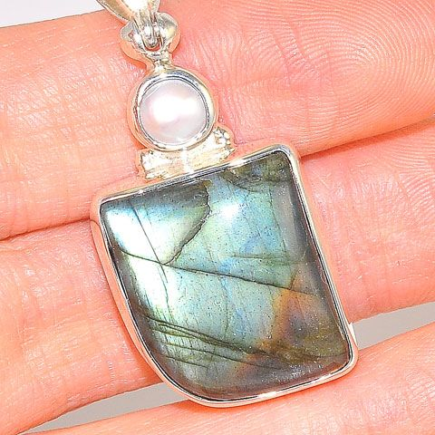 Sterling Silver Labradorite and Fresh Water Pearl Pendant