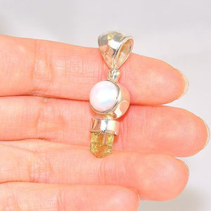 Sterling Silver 5.3-Carats Apatite and Freshwater Pearl Duet Pendant