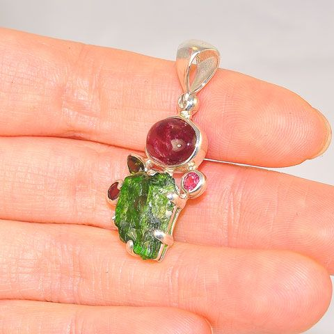 Sterling Silver 8.4-Carats Rough Chrome Diopside and 4.5-Carats Tourmaline Pendant