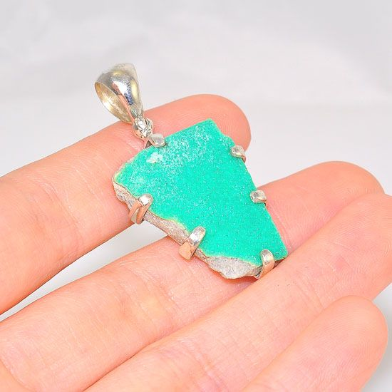 Sterling Silver 17-Carats Variscite Drusy Pendant