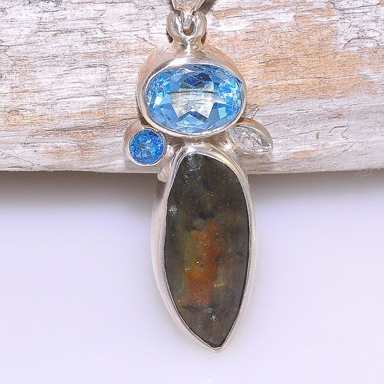 Sterling Silver 3.9 Carats Blue Topaz, 7.4 Carats Labradorite and 0.1 Carats White Topaz Pendant