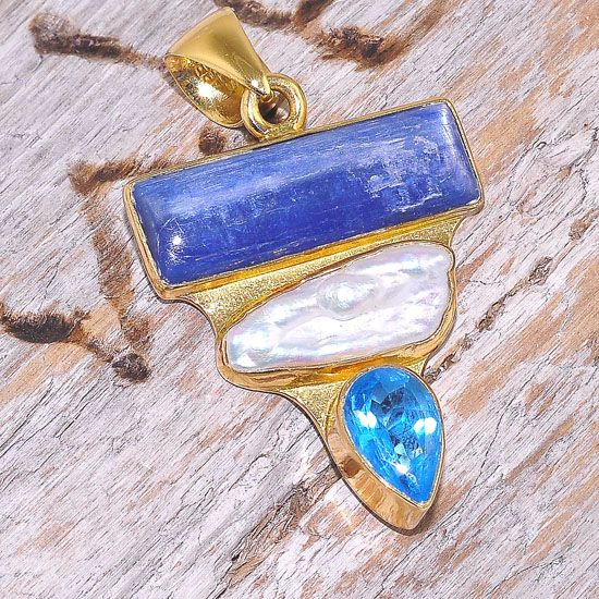 Charles Albert Alchemia Kyanite, Biwa Pearl and Blue Topaz Multi Gemstone Pendant