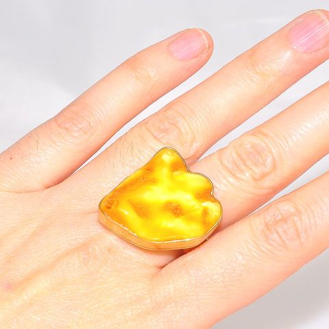 Charles Albert Alchemia Baltic Butterscotch Amber Ring