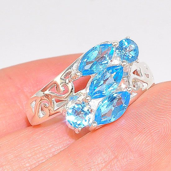 Sterling Silver Blue Topaz Cluster Elegant Band Ring