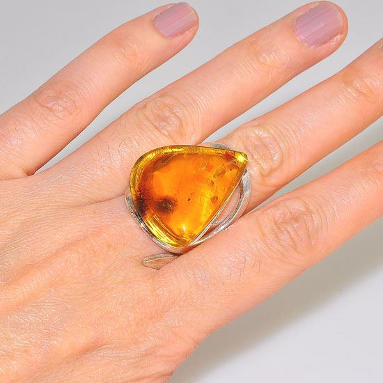 Sterling Silver Baltic Honey Amber Triangle Wrap Around Ring