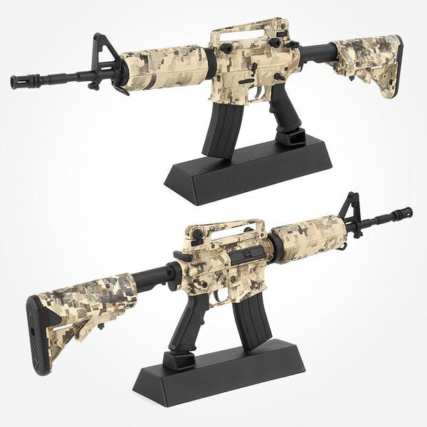 M4A1 Assault Rifle Assemble Metal Gun Model - Gamerz Swag