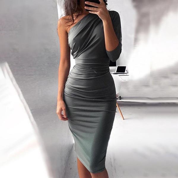 Sexy Slanted Shoulder Bodycon Dress