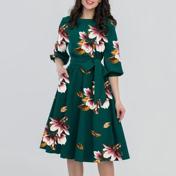 Round Neck  Belt  Floral Printed Skater Dress