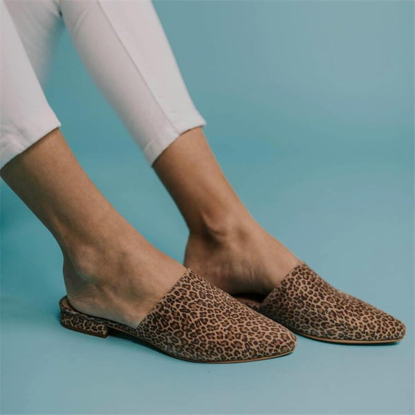 Fashion wild   leopard point pointed Flat shoes