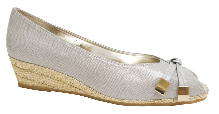 4217 - Silver Textured Leather
