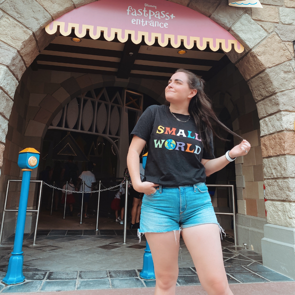 Small World Tee - Hakuna MataTees