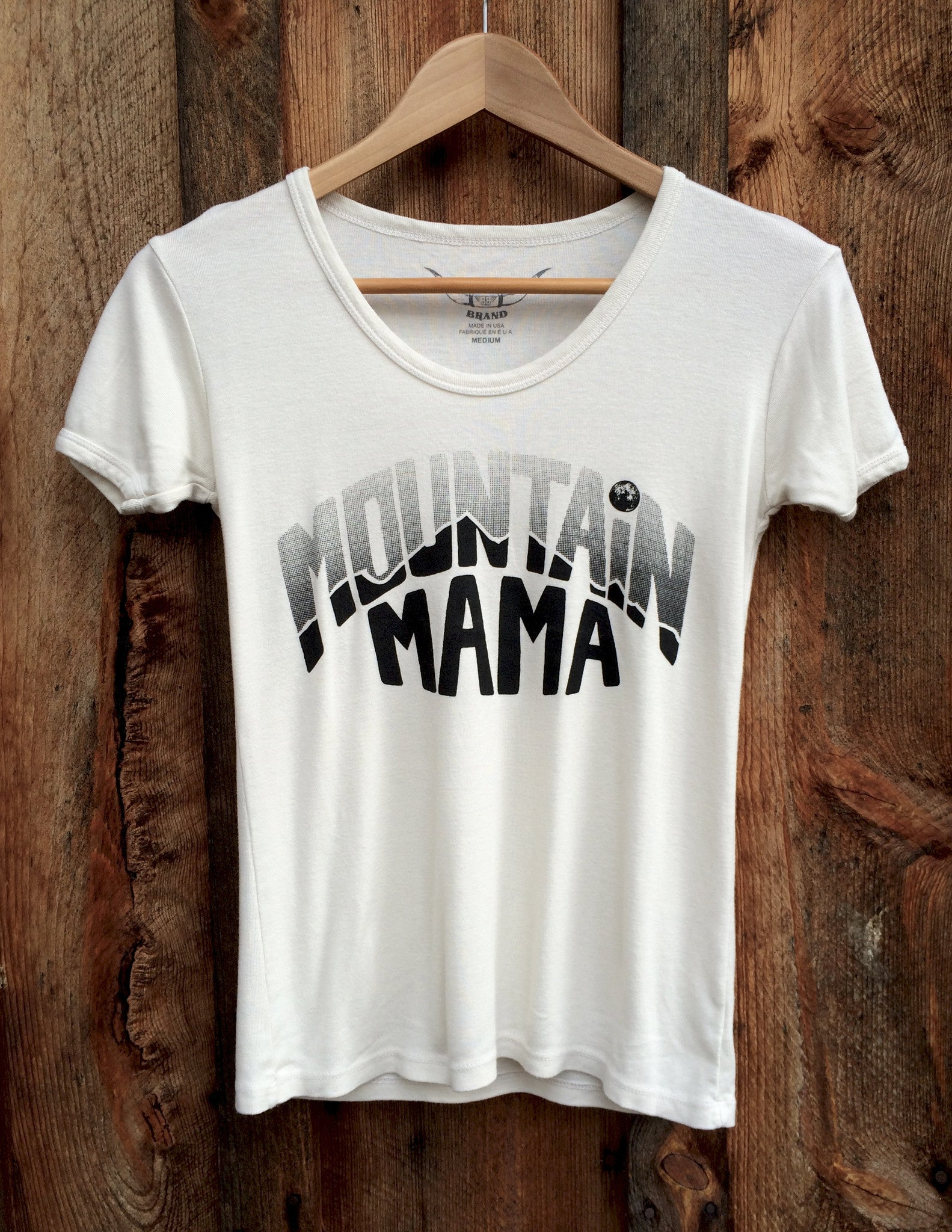 Mountain Mama, 70's Tee, White/Black