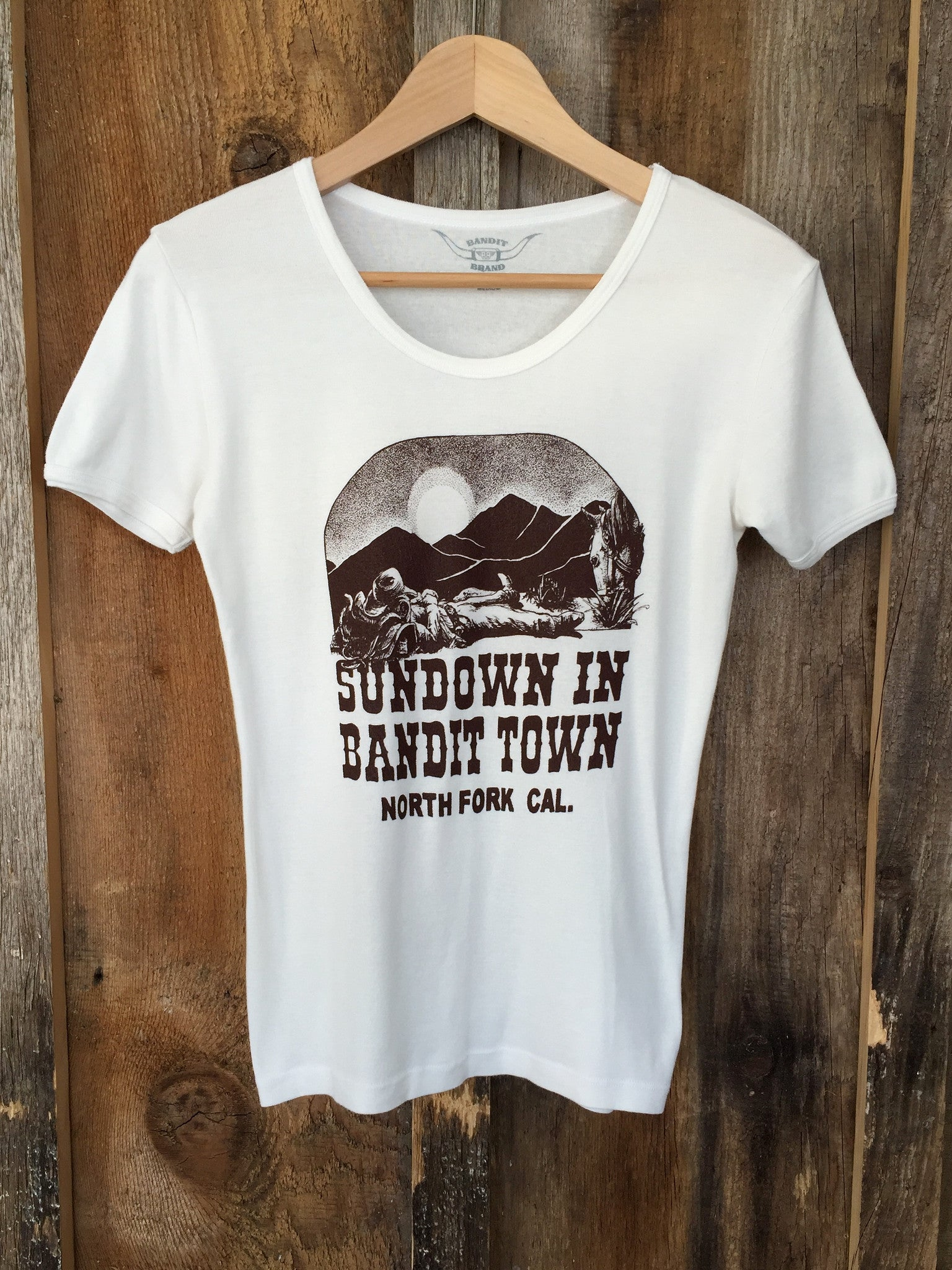 Sundown In Bandit Town 70's Tee White/Brown