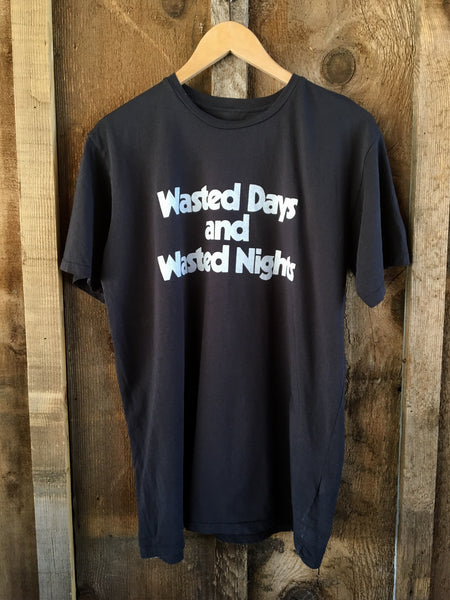 Wasted Days And Wasted Nights Men's Tee Blk/White